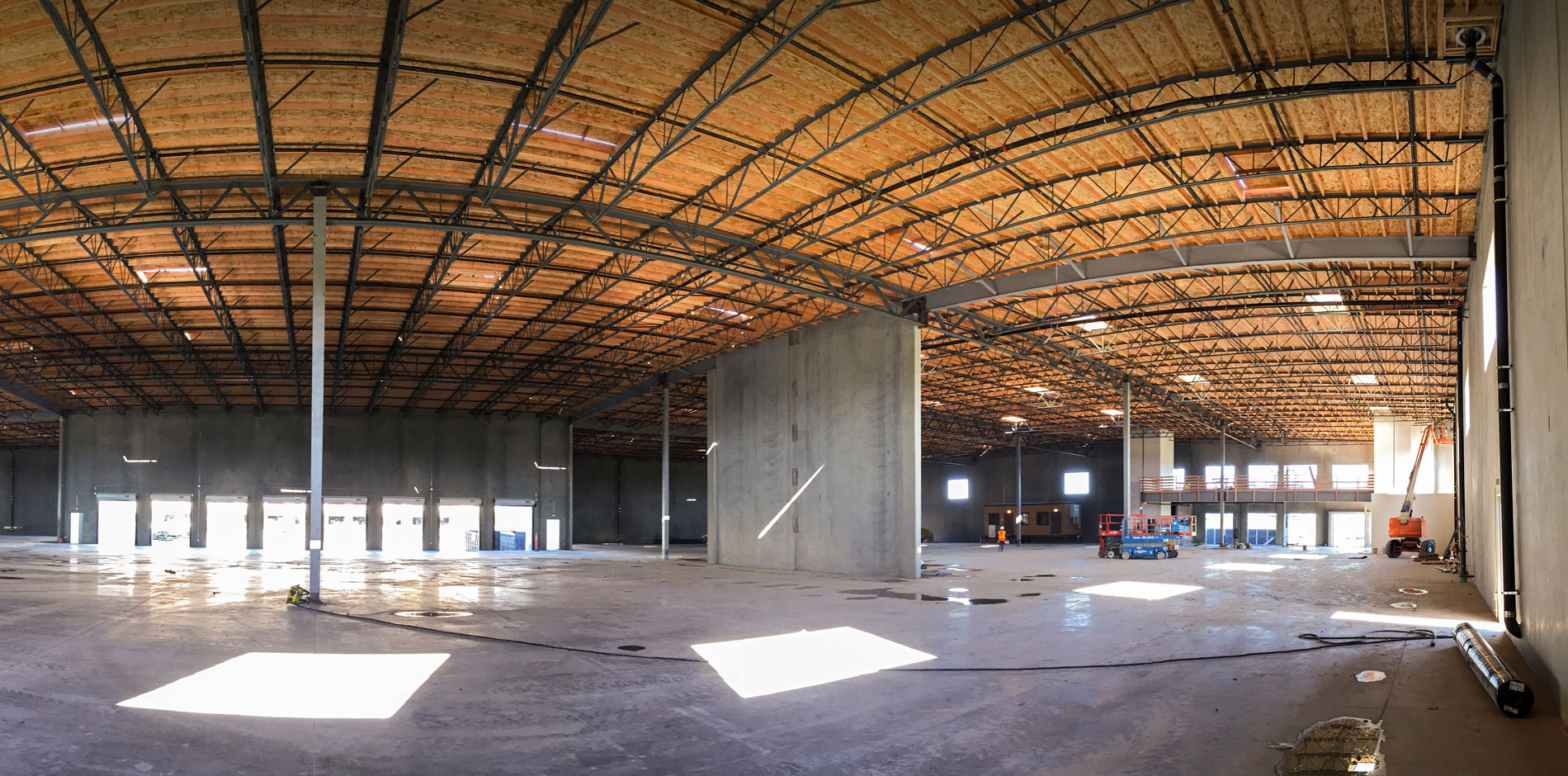 Camarillo Business Warehouse Commercial Building
